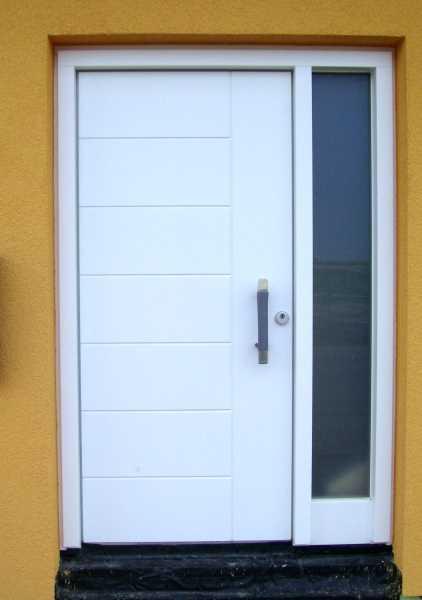 Haustüren weiß mit seitenteil  Schreinerei ABT - Haustüren